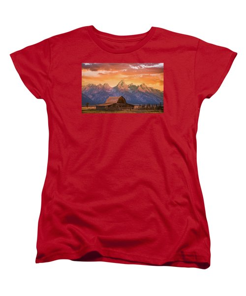 Sunrise On The Ranch Women's T-Shirt (Standard Fit)