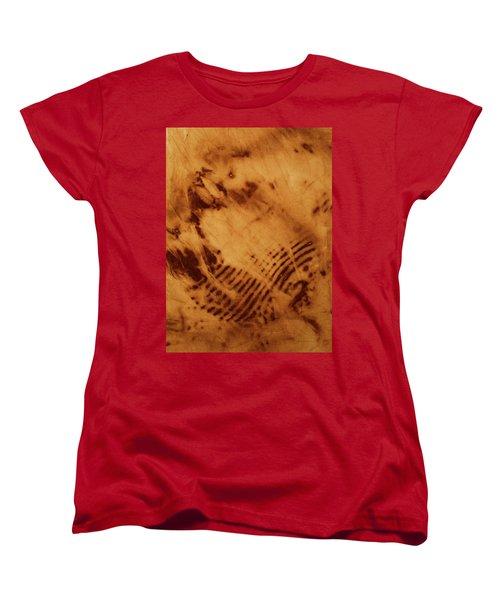 The Tulip Women's T-Shirt (Standard Cut) by Cynthia Powell