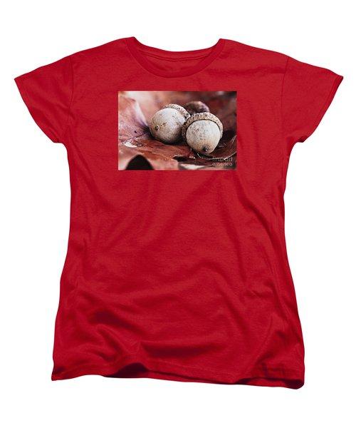 Three Acorns And Autumn Oak Leaves Women's T-Shirt (Standard Cut)