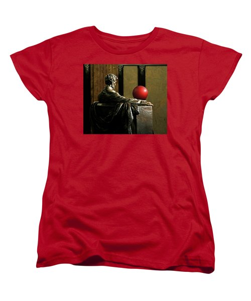 Women's T-Shirt (Standard Cut) featuring the photograph Visiting Lincoln by Christopher McKenzie