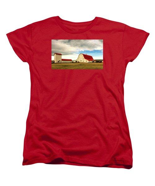Wyoming Ranch Women's T-Shirt (Standard Cut) by L O C