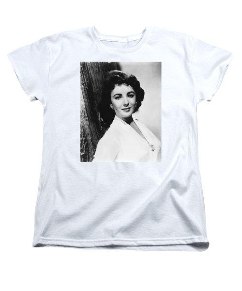 Actress Elizabeth Taylor Women's T-Shirt (Standard Cut) by Underwood Archives