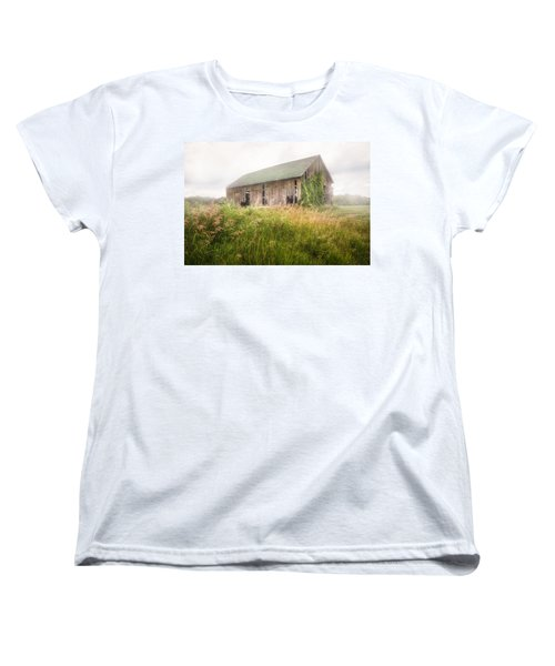 Women's T-Shirt (Standard Cut) featuring the photograph Barn In A Misty Field by Gary Heller