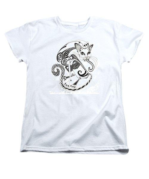 Circle Cat Women's T-Shirt (Standard Cut)