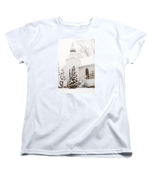 Women's T-Shirt (Standard Cut) featuring the photograph White Christmas In Maryland Usa by Vizual Studio