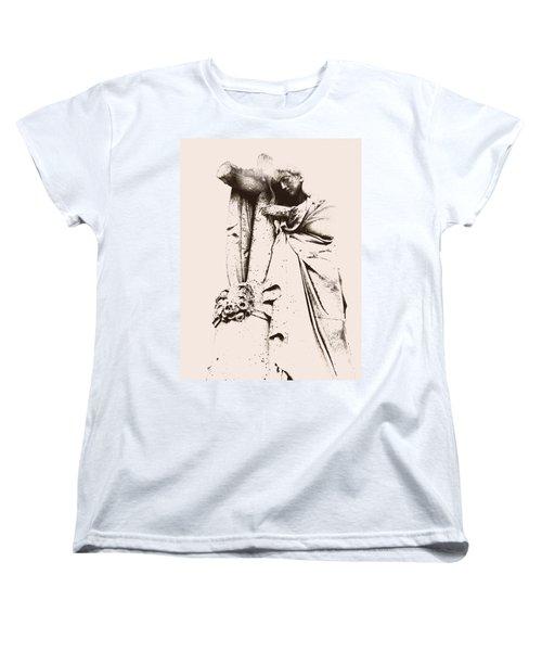 Faded Glory Women's T-Shirt (Standard Cut) by Lisa Brandel