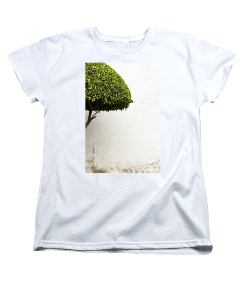 Hypnotic Tree Women's T-Shirt (Standard Cut) by Prakash Ghai