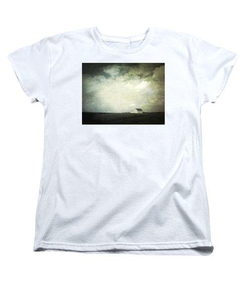 Lancaster Ohio Barn 3 Women's T-Shirt (Standard Cut)