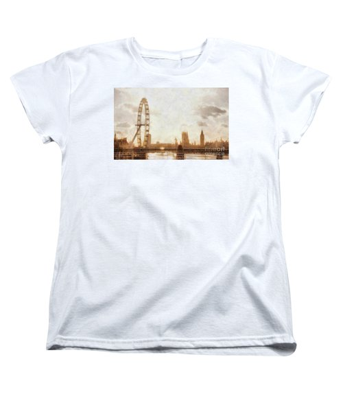 London Skyline At Dusk 01 Women's T-Shirt (Standard Cut) by Pixel  Chimp
