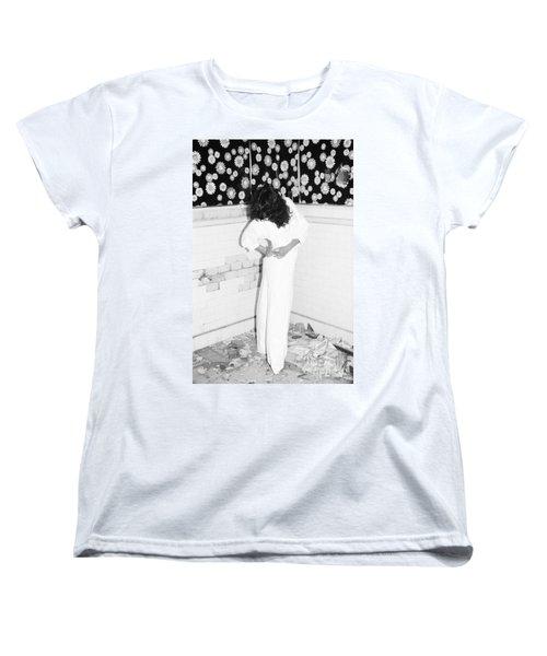 Women's T-Shirt (Standard Cut) featuring the photograph Wonder Wall by Steven Macanka