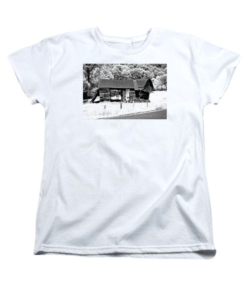 Women's T-Shirt (Standard Cut) featuring the photograph Old Barns With Red Gate by Susan Leggett
