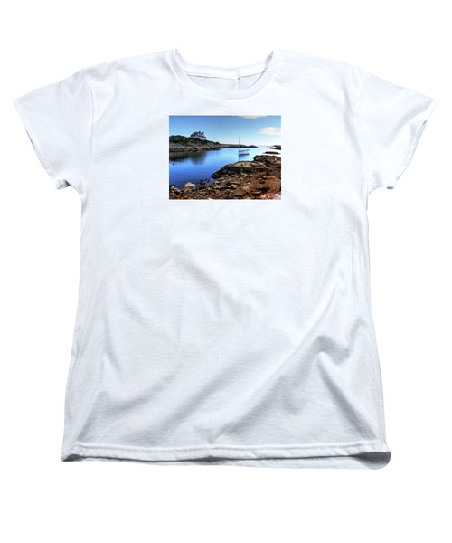 Women's T-Shirt (Standard Cut) featuring the photograph Almost Paradise Newport Ri by Tom Prendergast