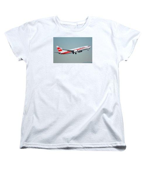 American Boeing 737-823 N915nn Phoenix Sky Harbor January 11 2015 Women's T-Shirt (Standard Cut) by Brian Lockett