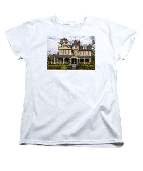 Peach Bainbridge Beauty Women's T-Shirt (Standard Cut) by Carla Parris