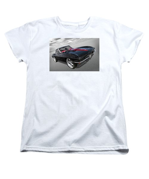Women's T-Shirt (Standard Cut) featuring the photograph 1963 Corvette Stingray Split Window In Black And Red by Gill Billington