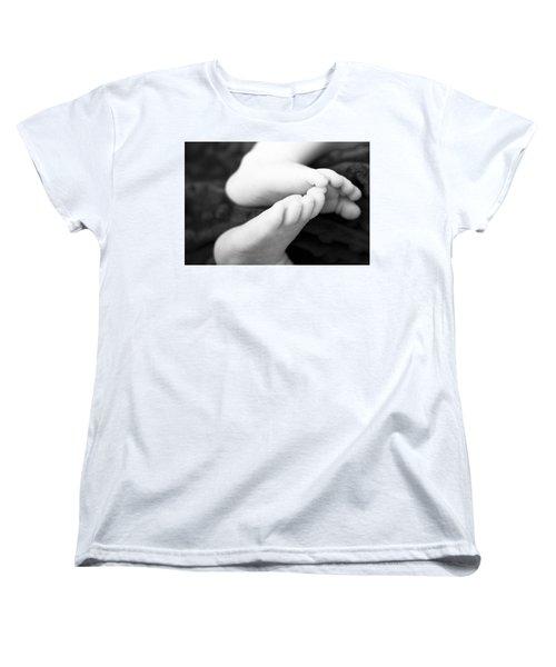 Max Women's T-Shirt (Standard Cut) by Marlo Horne