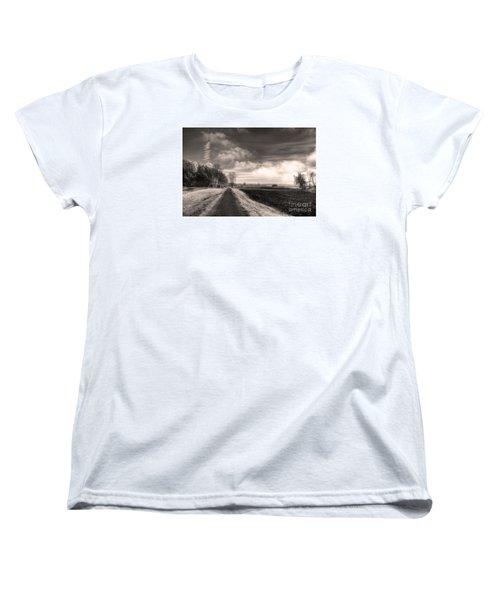 Women's T-Shirt (Standard Cut) featuring the photograph A Mist Over The Missouri Bottoms by William Fields