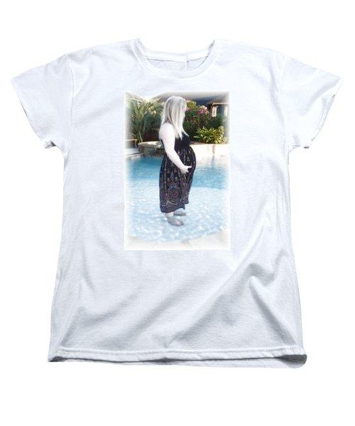 Annah Glow Women's T-Shirt (Standard Cut) by Ellen O'Reilly