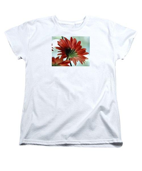 Cabrera Daisy Women's T-Shirt (Standard Cut)