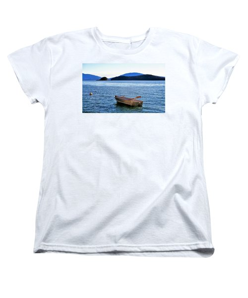 Canoe Women's T-Shirt (Standard Cut) by Martin Cline