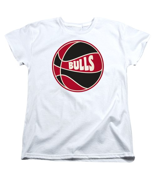 Chicago Bulls Retro Shirt Women's T-Shirt (Standard Cut) by Joe Hamilton