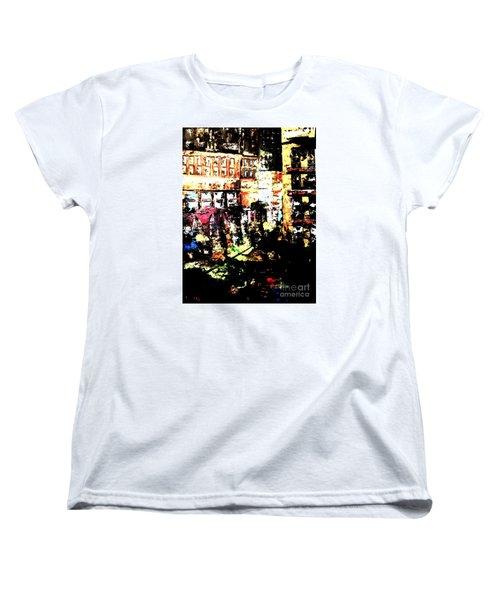 City Stroll Women's T-Shirt (Standard Cut)