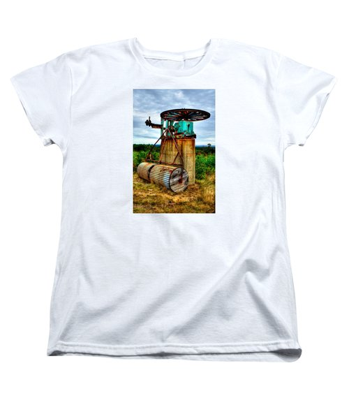 Women's T-Shirt (Standard Cut) featuring the photograph Contraption On Mt Agamenticus by Richard Ortolano