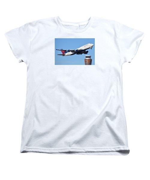 Delta Boeing 747-451 N674us Phoenix Sky Harbor January 12 2015 Women's T-Shirt (Standard Cut)