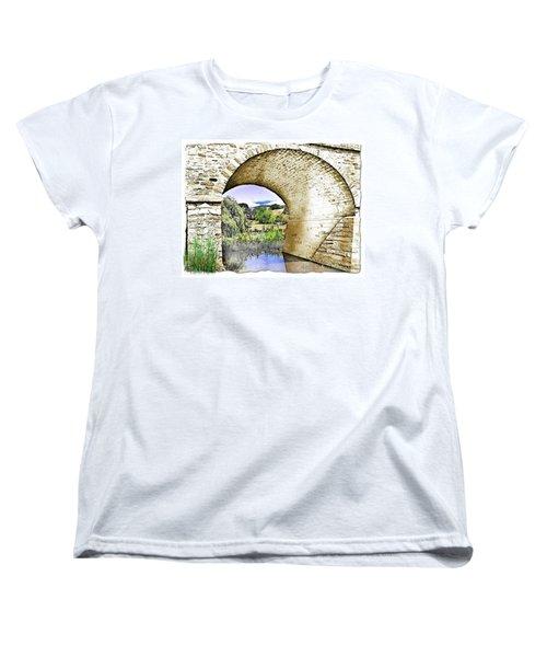 Women's T-Shirt (Standard Cut) featuring the photograph Do-00262 Richmond Bridge by Digital Oil
