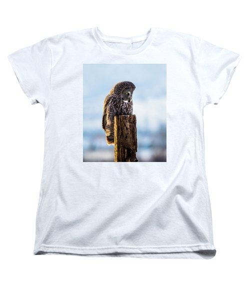 Eye On The Prize - Great Gray Owl Women's T-Shirt (Standard Cut)