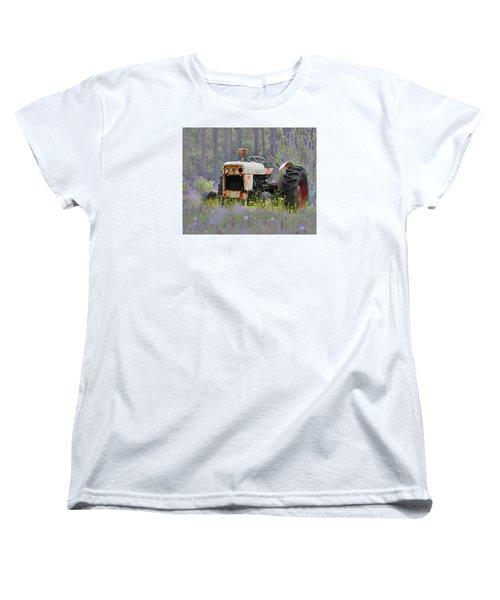 Fading Fast Women's T-Shirt (Standard Cut) by Laura Ragland