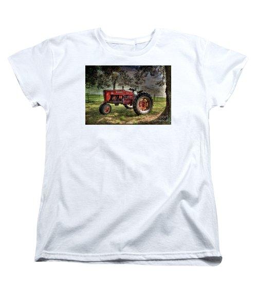 Farmall In The Field Women's T-Shirt (Standard Cut) by Michael Eingle