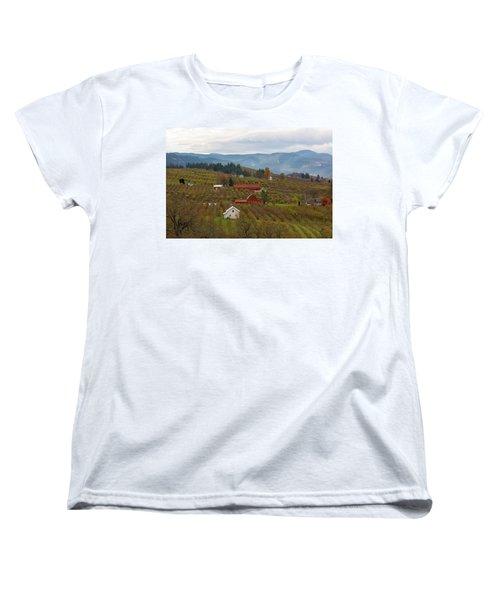 Fruit Orchard Farmland In Hood River Oregon Women's T-Shirt (Standard Fit)