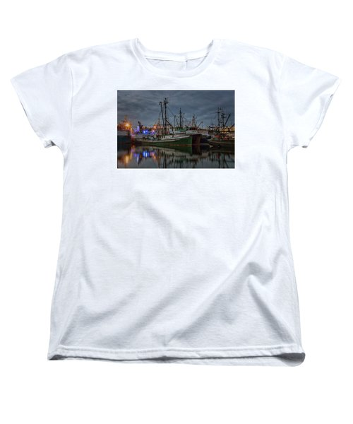 Women's T-Shirt (Standard Cut) featuring the photograph Full House 2 by Randy Hall