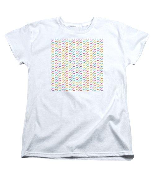 Geometric Pattern Women's T-Shirt (Standard Fit)