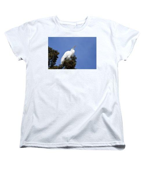 Women's T-Shirt (Standard Cut) featuring the photograph Great Egret by Gary Wightman