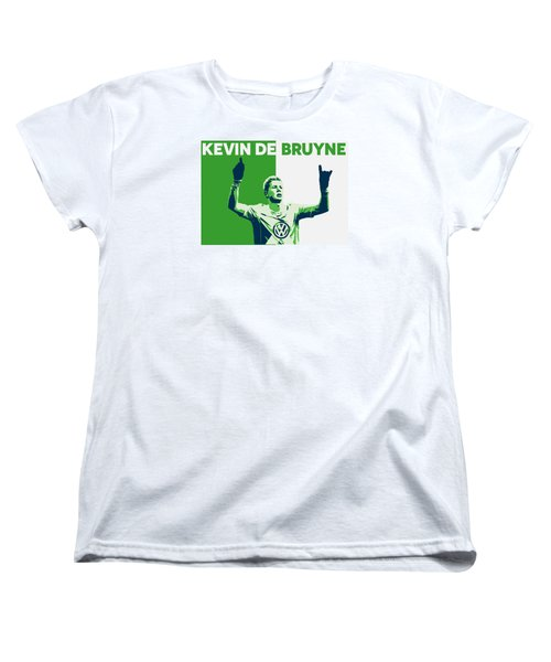 Kevin De Bruyne Women's T-Shirt (Standard Cut) by Semih Yurdabak