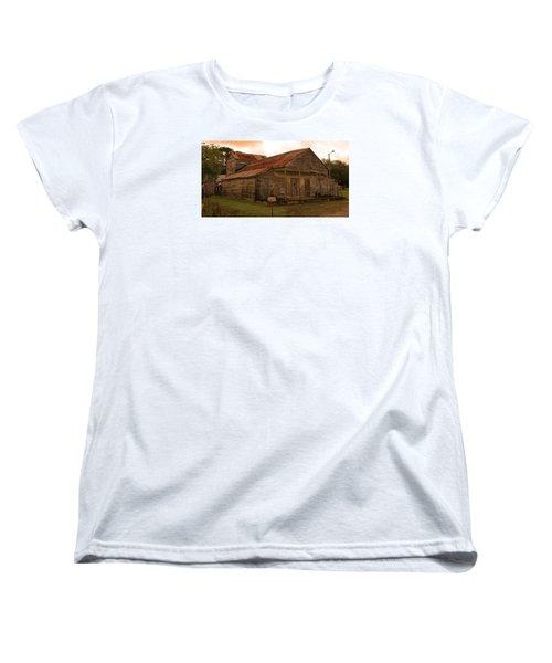 Medever Store Women's T-Shirt (Standard Cut) by Ronald Olivier