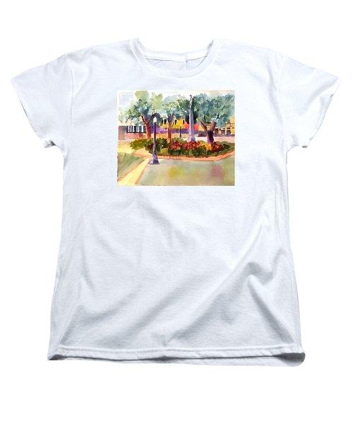 Munn Park, Lakeland, Fl Women's T-Shirt (Standard Cut) by Larry Hamilton