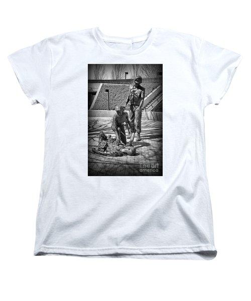 Women's T-Shirt (Standard Cut) featuring the photograph Nj Vietnam Veterans Memorial by Paul Ward