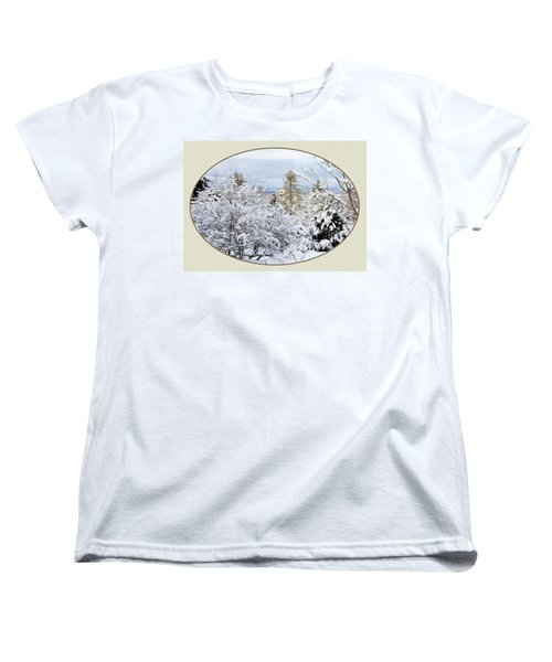 northeast USA photography button Women's T-Shirt (Standard Cut) by Lise Winne