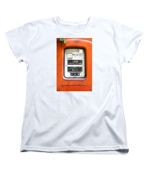 Women's T-Shirt (Standard Cut) featuring the photograph Old Gas Pump by Tom Singleton