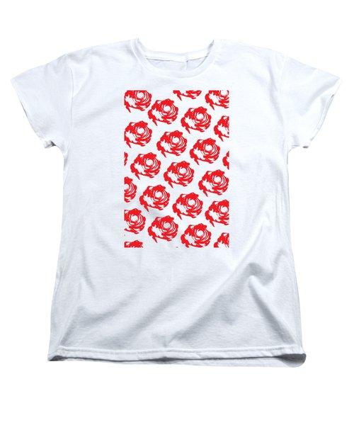 Red Rose Pattern Women's T-Shirt (Standard Fit)