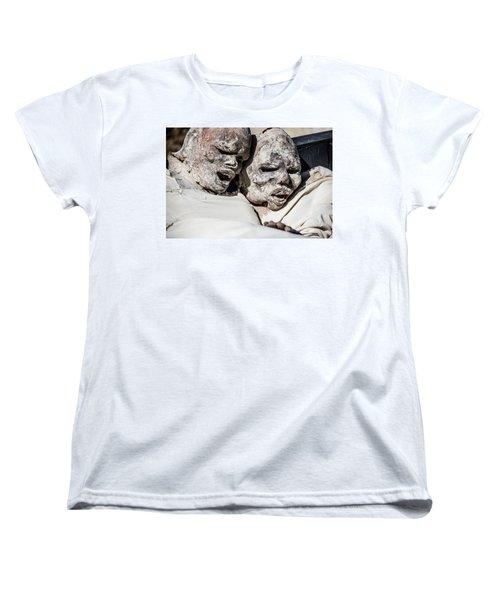 Refuges  Women's T-Shirt (Standard Cut)