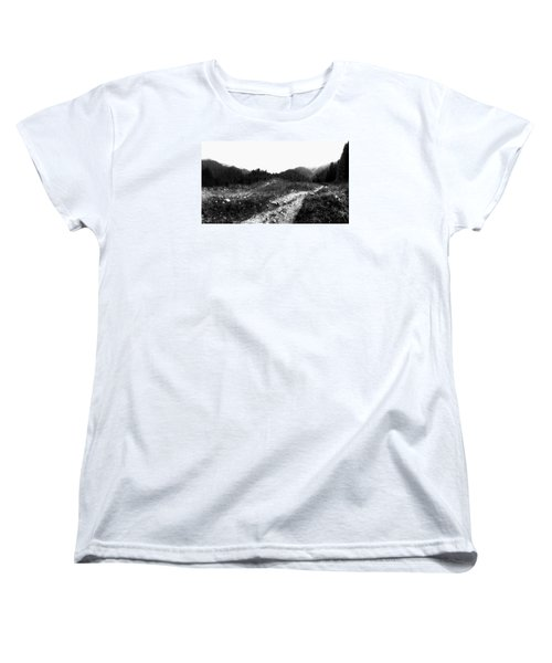 Women's T-Shirt (Standard Cut) featuring the photograph Road by Hayato Matsumoto