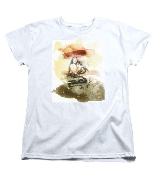 Romeo And Juliet Women's T-Shirt (Standard Cut) by Mo T