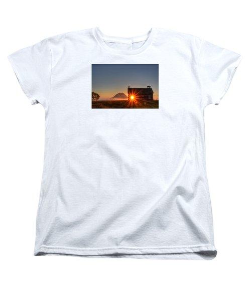 Schoolhouse Sunburst Women's T-Shirt (Standard Cut) by Fiskr Larsen