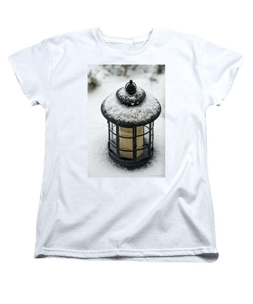 Women's T-Shirt (Standard Cut) featuring the photograph Snow Covered Lamp by Phil Abrams