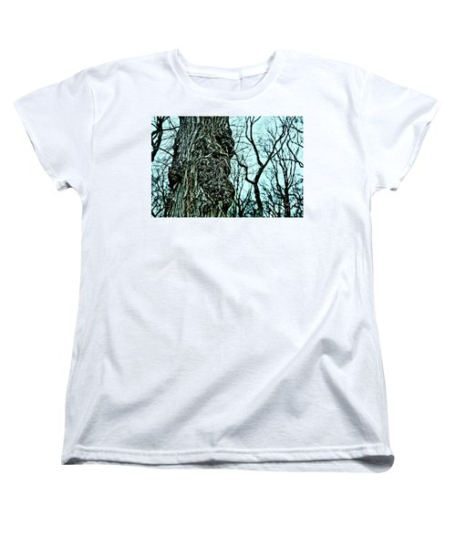 Women's T-Shirt (Standard Cut) featuring the photograph Super Tree by Sandy Moulder