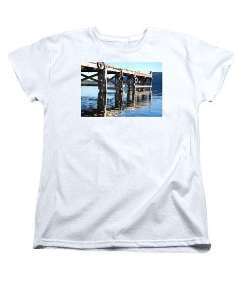 Te Anau Pier Women's T-Shirt (Standard Cut)